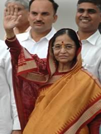 女性初のインド大統領 パルティ氏